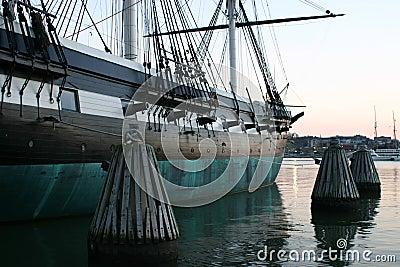Colonial ship 2