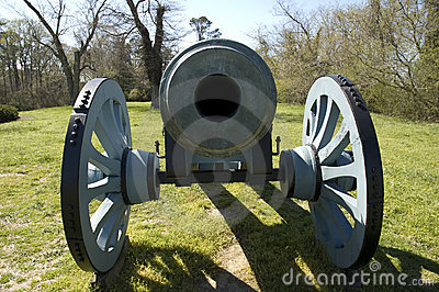 Colonial Yorktown Cannon