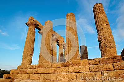 Colonnade of Hera (Juno)  temple in Agrigento, Sic