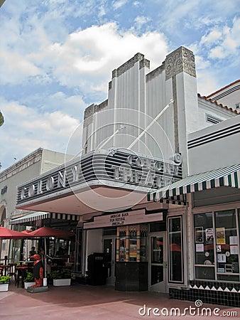 colony-theatre-miami-beach-22502816.jpg