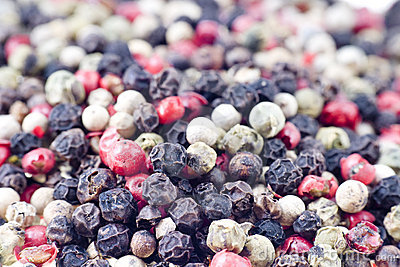Color peppercorns