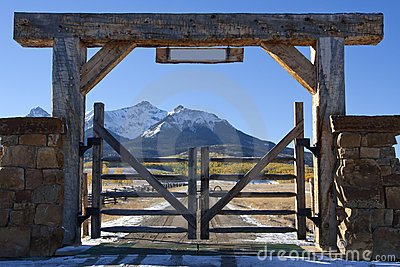 Colorado ranch with wooden gate