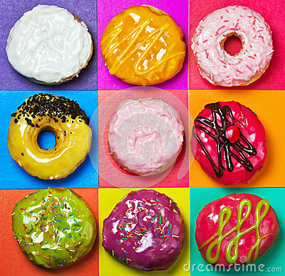 Free Colored Glazed Donuts Royalty Free Stock Image - 31659376