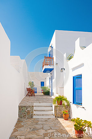 Free Colorful Alleyway In Sifnos, Greece Royalty Free Stock Images - 26451279