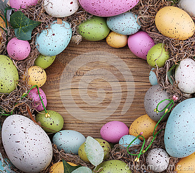 Free Colorful Easter Egg On Wooden Background Royalty Free Stock Photography - 38095687