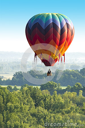 Free Colorful Hot Air Balloon Flight, Lots Of Colors Royalty Free Stock Images - 42923529