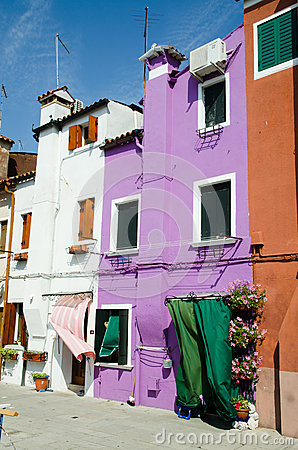 Free Colorful Houses Royalty Free Stock Images - 26973579