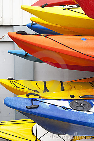 Free Colorful Kayaks, Royalty Free Stock Photography - 15595177