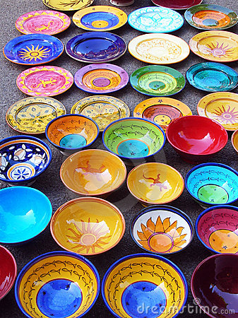 Free Colorful Pottery Handicrafts Royalty Free Stock Images - 5681539