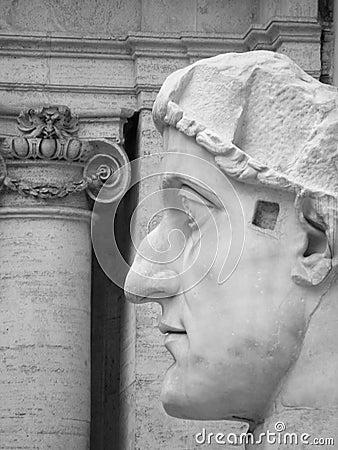 Coloso de Constantina, Roma