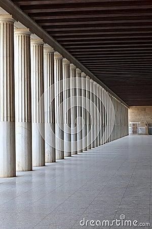 Column arcade