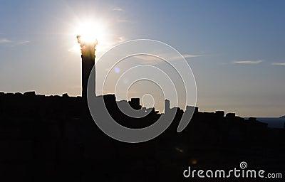 Column silhouette
