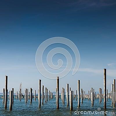Columna en el mar