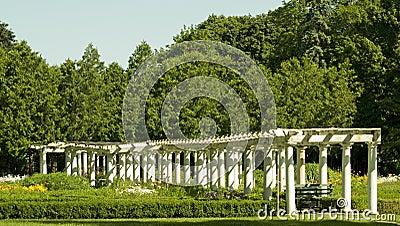 Colunas brancas