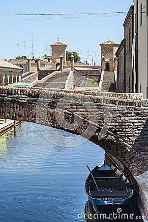 Comacchio - Bridges and boats