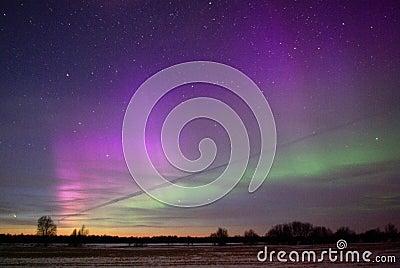 Comet Pan-Starrs C/2011 L4 and Aurora