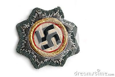 Commande de croix allemande en or (étoile est)