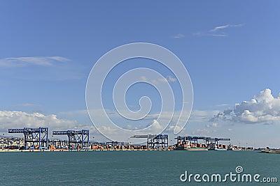 Commerciële de havencontainer van Sardinige