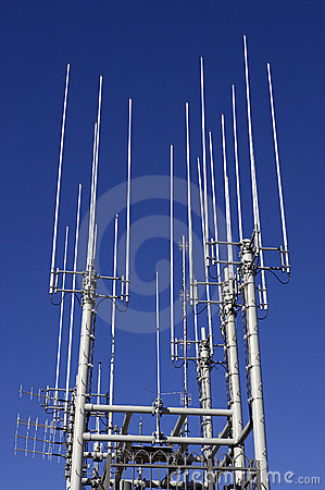 Communication mast