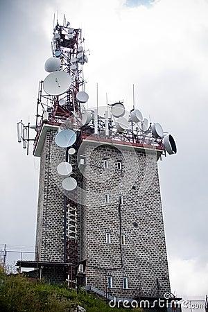 Free Communication Tower With Many Parabolic Antennas Royalty Free Stock Photography - 6681157