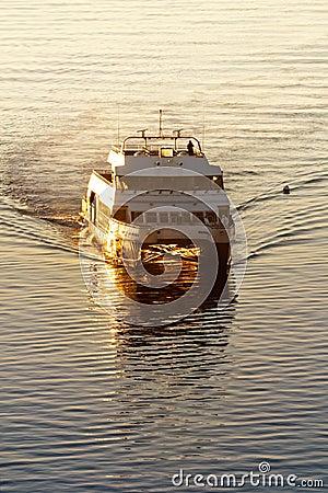 Free Commuter Ferry Stock Photos - 19870193