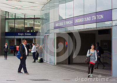 Commuters at Kings Cross station Editorial Photography