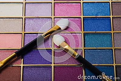 Compact make-up set