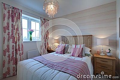 Compact modern bedroom