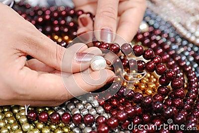Compare pearls