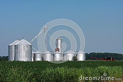 Compartimientos de almacenaje de la granja