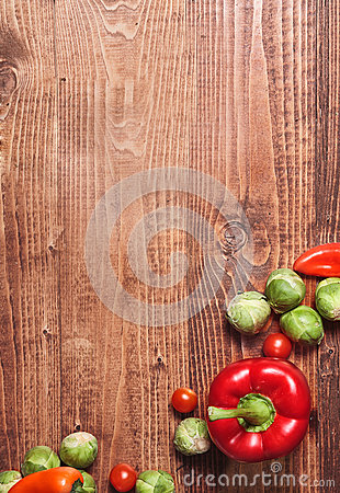 Free Composition Of Veggies On Wood Stock Photos - 29076503