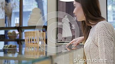 Compratore sceglie squisito video d archivio