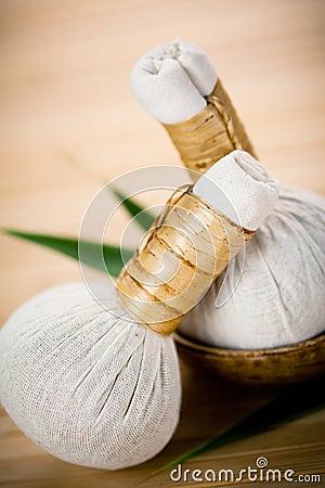 Compresas herbarias tradicionales