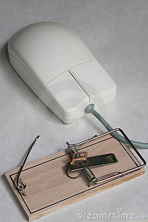 Computer mouse with a mouse trap
