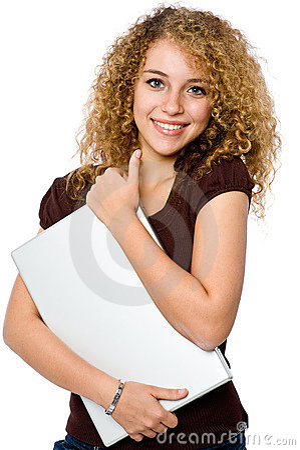 Computer portatile della holding della ragazza