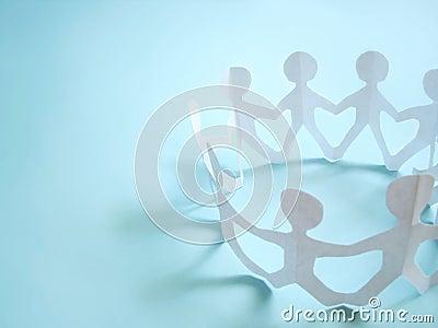 A comunidade dos povos que prendem sobre as mãos