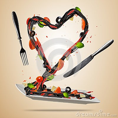 Free Concept Of Flying Italian Food In Heart Shape Royalty Free Stock Image - 108619796
