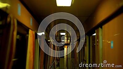 Concept overview of night noire Fast Pendelzug Express Soviet russischer Transport harte Industrie Ingenieur Nire stock footage