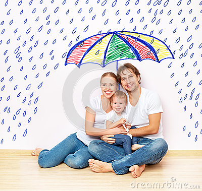 Free Concept: Social Protection Of Family. Family Took Refuge From Miseries And Rain Under Umbrella Stock Photos - 47426513