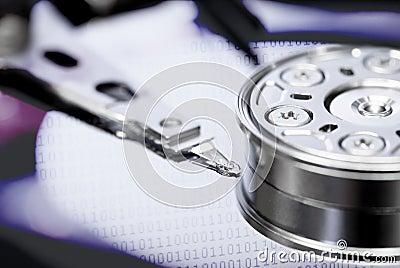 Concepto de la salvaguardia del almacenaje de información del disco duro
