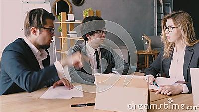 Concepto de reunión de lluvia de ideas de trabajo en equipo de diversidad de inicio Planificación de la gente almacen de video