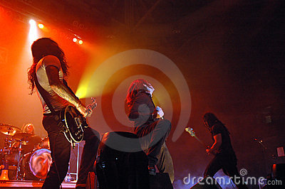 Concert de rock sous tension