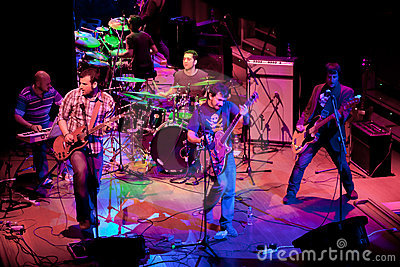 Concert of the group of Indie Pop, Champagne Editorial Stock Image