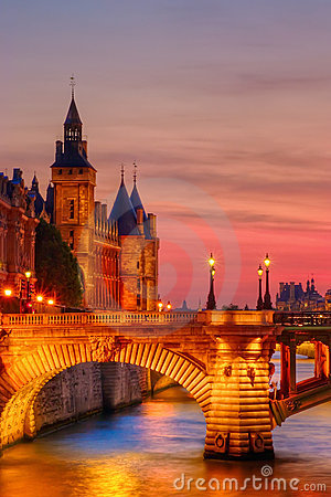 Free Conciergerie Just After Sunset Stock Photo - 3888140