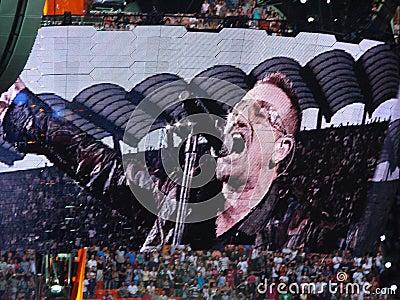 Concierto U2 en Milano Imagen editorial
