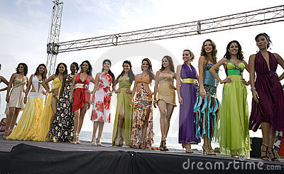 Concorrenti 2008 della sig.na Ecuador Immagine Editoriale