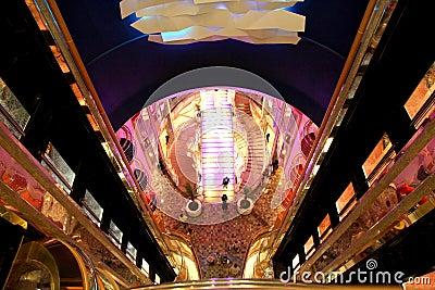 Concourse principal da liberdade dos mares Foto de Stock Editorial