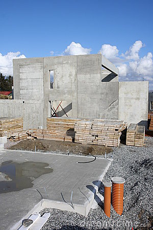 Concrete foundation for house