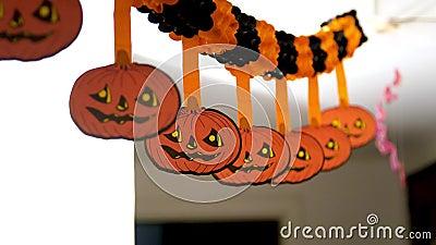 Condecoração de abóbora para halloween vídeos de arquivo