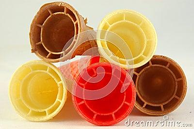 Cones coloridos